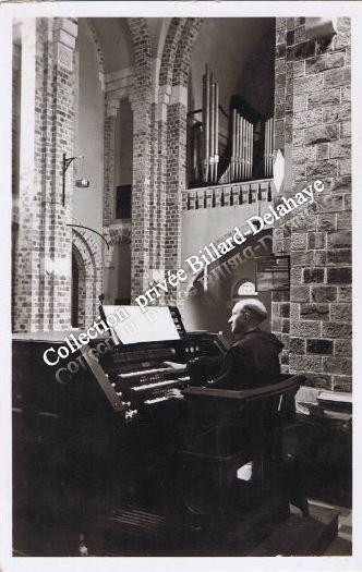 ABBAYE de Saint BENOIT d'EN-CALCAT  (Tarn). LES ORGUES.