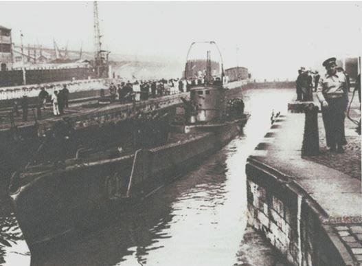 """BORDEAUX - Construction de la Base Sous - Marine """"BETASOM"""" 1941 - 1942"""