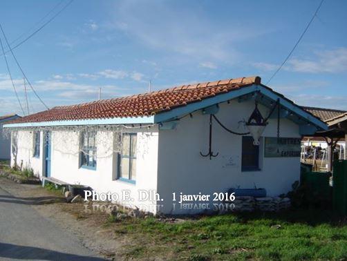 ANDERNOS - Bassin d'Arcachon 33. CABANE OSTREICOLE AU PORT.