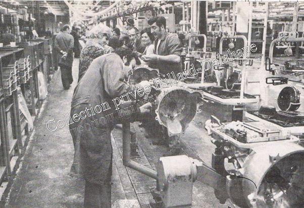 Chaîne de montage usine FORD à Blanquefort 1981.