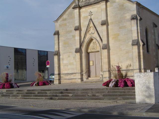 L'Eglise fleurie pour la Toussaint 2011