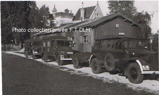 Luftwaffe camp de Saturne ,un Kfz 15 et sa remorque, une sanitaire Phänomen Granit25 H et un Kfz17