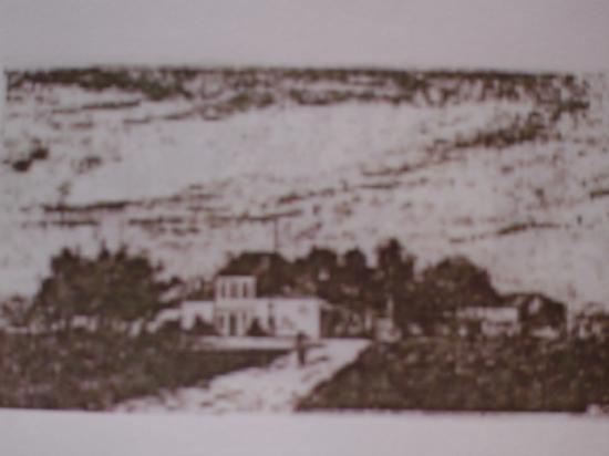 E. Avril père propriétaire en 1874 (Stats. Générales).
