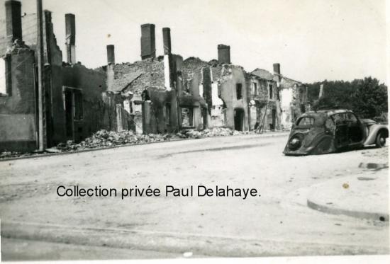 Photo prise à Oradour le 18 octobre 1944 par J. Dieudonné, camarade FTP.