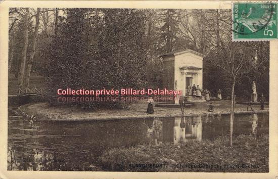 Château Cambon, le parc et la gloriette ou fabrique. Envoyée le 12 juin 1913,à Larrouy R. 1ère Sous-Intenance à Bordeaux.