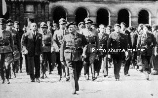 Darnand aux Invalides 1944