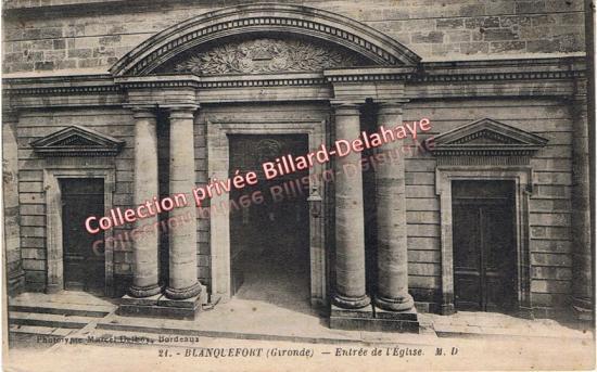 Entrée de l'église Saint Martin, seule une absidiole romane subsite de l'église médiévale.