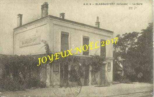 JOYEUX  NOËL 2017 - LA GARE BATIMENT PHARE DE BLANQUEFORT (33)