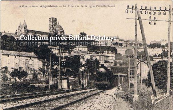 ANGOULEME - La ville vue de la ligne PARIS-BORDEAUX.