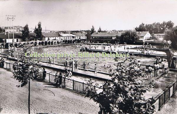 Piscine jean tissot peintre 1836 1902 sous le pont d for Piscine blanquefort