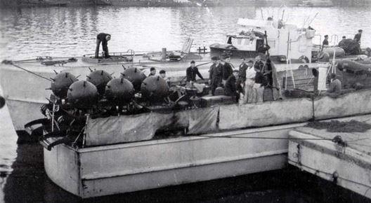 BORDEAUX - 1942- Betasom (Bassin à flot de Bordeaux)