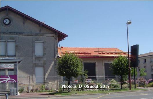 Travaux de couverture  sur les bâtiments scolaires de Blanquefort-Caychac.