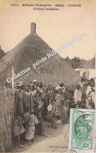 DAKAR - SENEGAL - AFRIQUE FRANCAISE - VILLAGE INDIGENE -